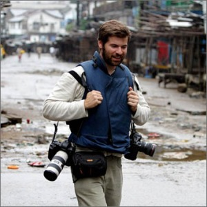 Chris Hondros on assignment