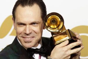Kurt-Elling-wins-Grammy-Award-for-his-best-jazz-vocal-album-at-the-52nd-annual-Grammy-Awards-in-Los-Angeles