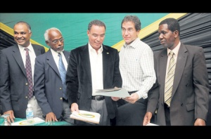 Daryl Vaz launches Portland relief fund