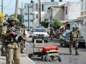 Jamaica Defence Force soldiers patrol Tivoli Gardens in May, 2010. (Photo: Gleaner)