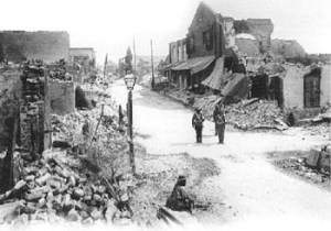 Damage in downtown Kingston from the 1907 earthquake. (Photo: National Army Museum, London)