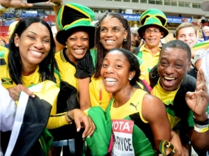 Shelly-Ann Fraser-Pryce celebrates with her fans in Moscow after her 100 meter World Championship win. (Photo: Ricardo Makyn/Gleaner)