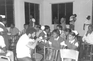 Maurice Bishop meets with members of the Grenada Nurses' Association. (Photo: therealrevo.com)