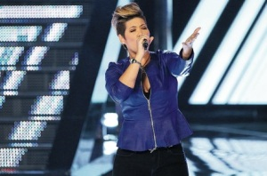Tessanne Chin sings on The Voice this week. (Photo: NBC)