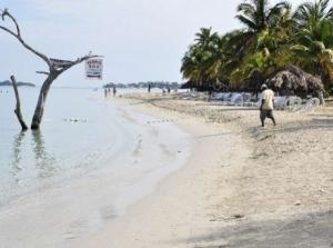 Negril beach erosion. (Photo: Gleaner)