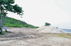 Sand-mining operations (the removal of a beach) at Duncan's Bay by developer/businessman Keith Russell. It's all perfectly legal, he says. (Photo: Philip Lemonte/Jamaica Observer)