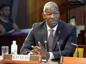 Former Commissioner of Police Owen Ellington gives evidence at the Commission of Enquiry. (photo: Gleaner)