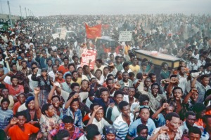 Mourners at a funeral ceremony in Cape Province for those who were killed by the South African police at Langa Township in Uitenhage (1985). UN Photo