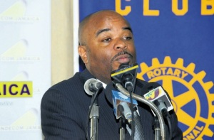 Commissioner of the Independent Commission of Investigations Terrence Williams addressing Tuesday's meeting of the Rotary Club of Mandeville. (Photo: Gregory Bennett/Jamaica Observer)