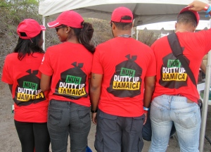 CB Chicken made a statement with their scarlet, branded T shirts. They were among the early ones, too!