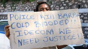 Residents of Mud Town, Papine were still protesting the killing of barber Kevin Sylvester by the police last week. (Photo: Loop Jamaica)