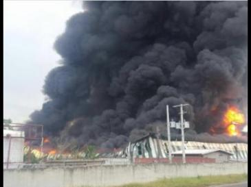 """A huge fire destroyed the 260,000 sq. ft. warehouse at Wisynco in Lakes Pen, St. Catherine. It started on Thursday afternoon and took many hours to bring  under control. Wisynco head William Mahfood tweeted:""""I want to thank all Jamaica and our great people for the outpouring of well wishes and love. We will rise and have much to be thankful for."""" (Photo: Gleaner)"""