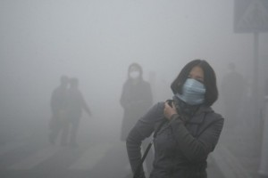 Smog caused by coal pollution in Harbin, China. During this period in 2013, fine particulate matter (PM2.5) reached levels of 1,000 micrograms per cubic meter in some parts of the city, readings 40 times the level of 25 or less micrograms per cubic meter that the World Health Organization considers ideal for human health and more than three times the level of 300 that's considered hazardous. (Photo: Kyodo News/AP)