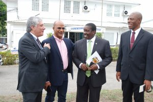I love this photo tweeted by Police Commissioner Dr. Carl Williams (@DrCarlWilliams) today. It shows U.S. Ambassador to Jamaica Luis Moreno, Opposition Spokesman on National Security Paul Bunting, National Security Minister Robert Montague and Commissioner Williams at the handover of 120 body cameras for the Jamaica Constabulary Force.