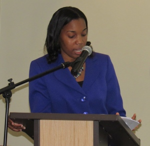 Attorney-at-law Stephanie Forte outlines the Attorney General's recommendations in relation to Jamaica's ratification of the Paris Agreement at yesterday's pre-COP22 Consultation in Kingston. (My photo)
