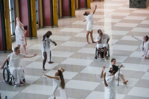 Heidi Latsky Dance, a New York-based modern dance company, performs in the Visitors Lobby of UN Headquarters. UN Photo/Amanda Voisard