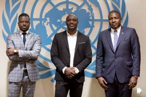 (l-r) Thione Niang, Akon and Samba Bathily, co-founders of the ambitious solar power project Akon Lighting Africa, which aims to bring electricity to 600 million Africans.