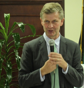 Under-Secretary-General of the United Nations Environment Programme (UNEP) Erik Solheim speaks at the opening of the new United Nations office on November 30. (My photo)