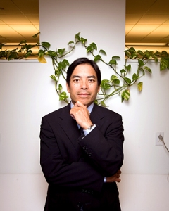"""Dan Chung, CEO and CIO of Fred Alger Management and the Chair of the Conservancy's New York Board of Trustees, created the """"Chung Challenge for the Caribbean,"""" urging donors to match his gift - which will give a boost to the protection of coral reefs in the Caribbean."""