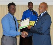 Mr. Ludlow Watts of JAAA presents certificates. (My photo)