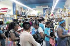Back to school shoppers. (Photo: Jamaica Observer)